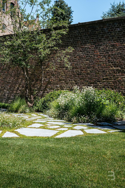 Afbeelding project Citygarden met zuiders tintje brengt rust midden in de stad
