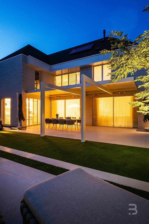 Afbeelding project Villa tuin